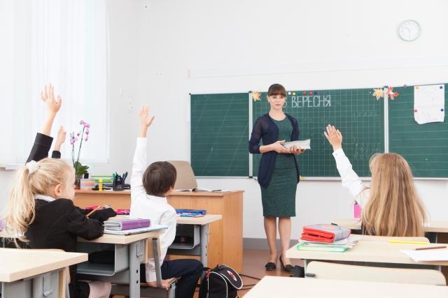 小学校の子どもたち。全ての子どもが教育を受けられる様子。